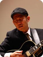 小暮 哲也<ギター>